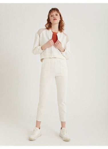BGN Beyaz - File Detaylı Fermuarlı Sweatshirt Beyaz